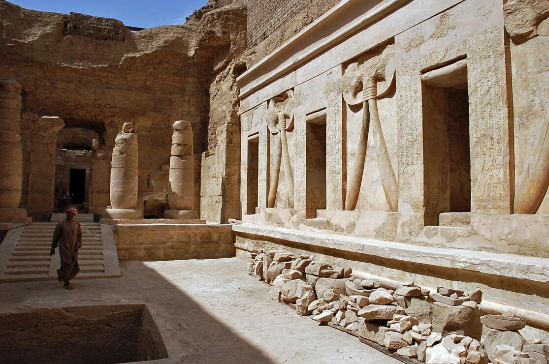 Tomb of Montuemhat